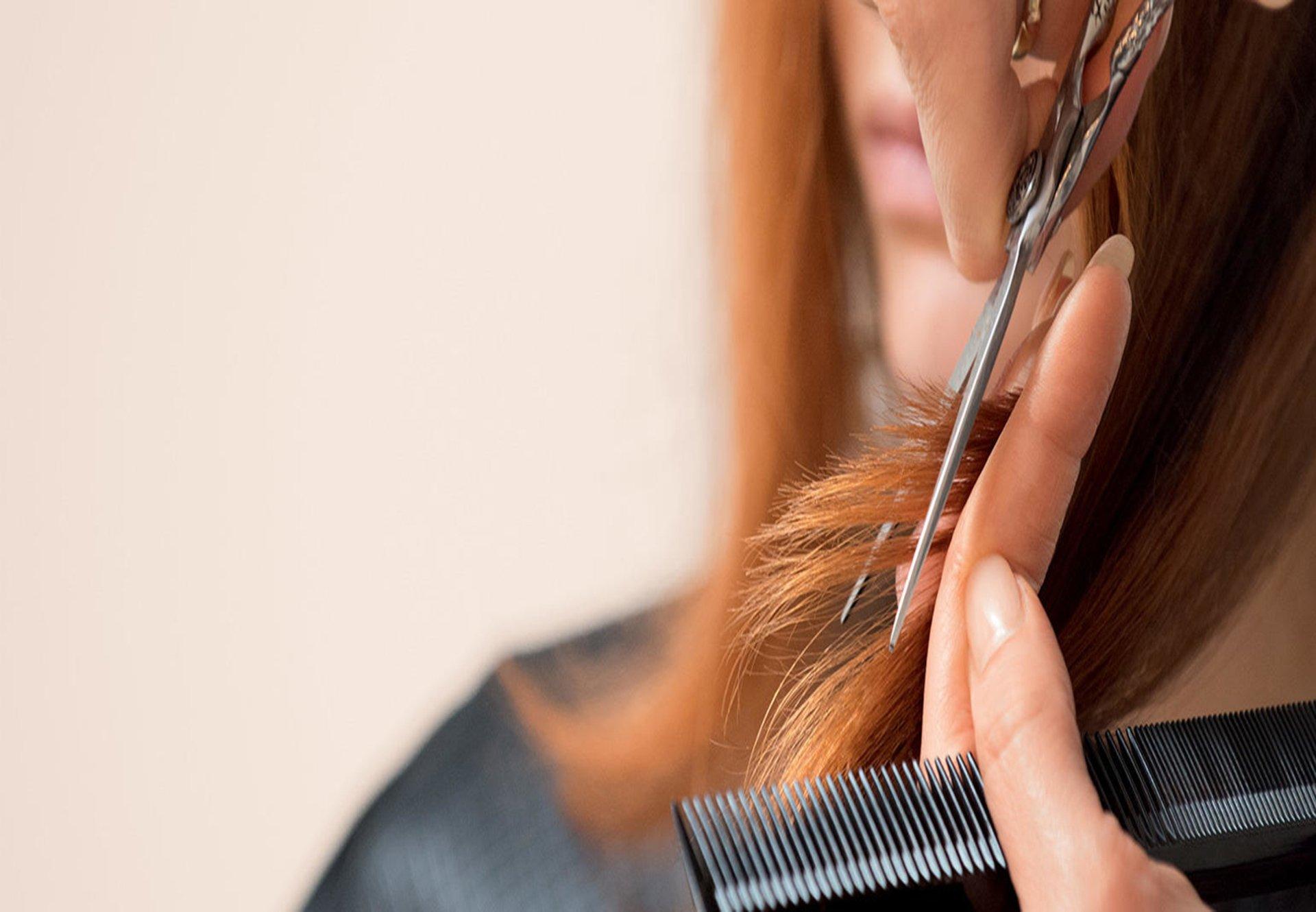 Vendita Prodotti professionali Estetica Cosmetica Makeup Parrucchiere